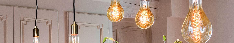 Lampes géantes incandescentes